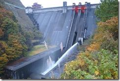大石ダムのプチ放流